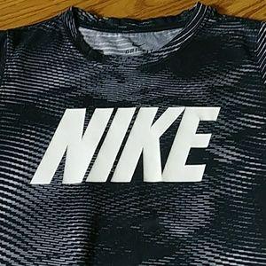 Nike Dri-Fit Tee Sz S
